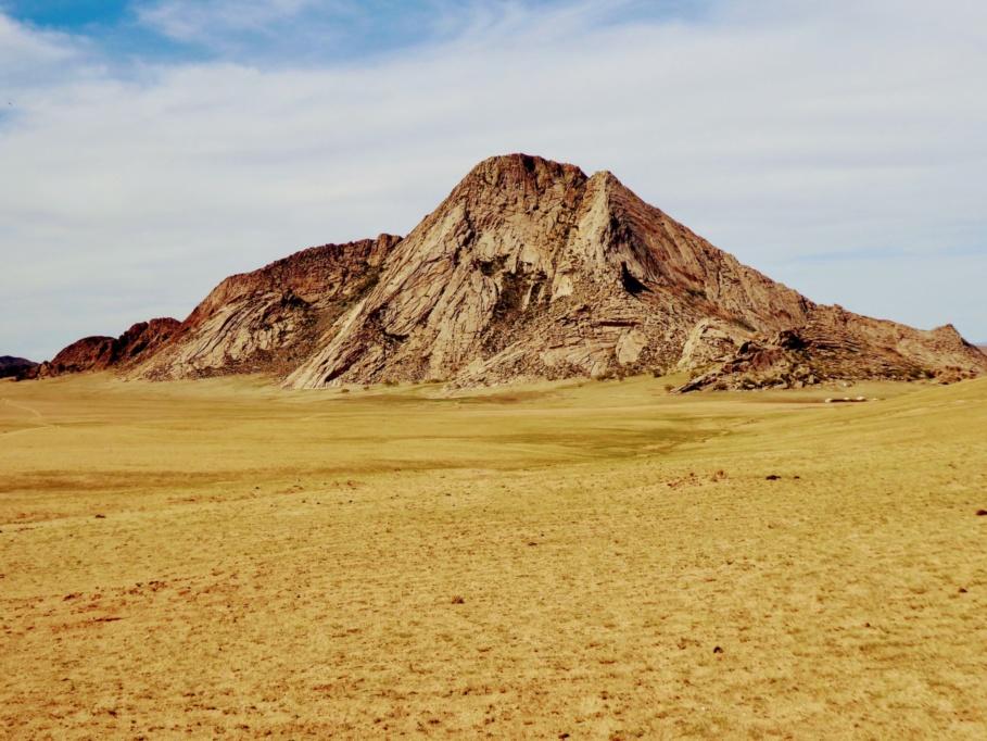 Mongolia_Gobi_Holy_Mountain