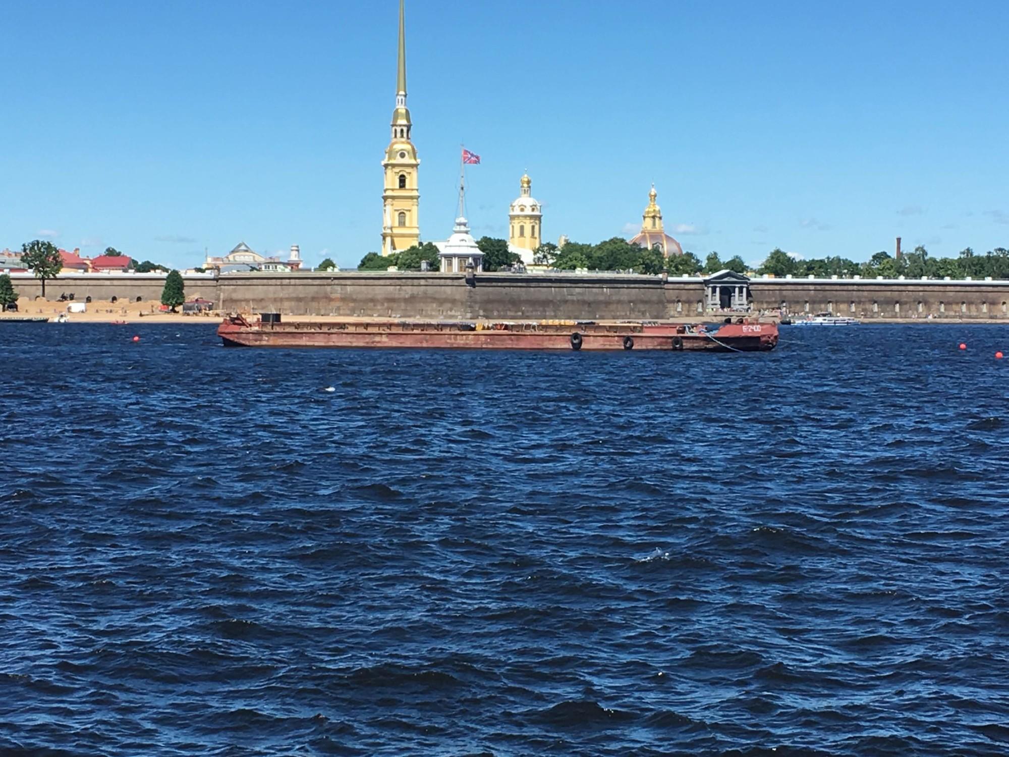 St Petersburg Travel Guid